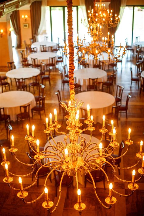 best chandelier the 8 best chandeliers of 2019