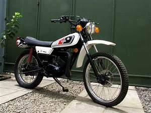 Yamaha Dt 1982   Tunggangan Klasik Si Penggaruk Tanah