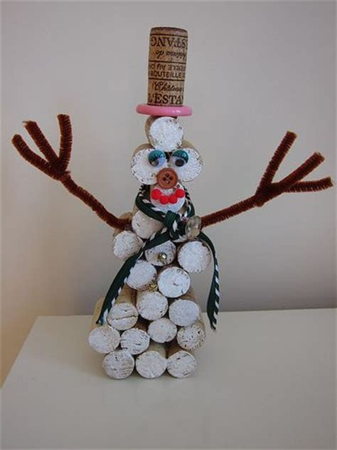 wine cork christmas crafts cork christmas crafts painting roses red christmas pinterest