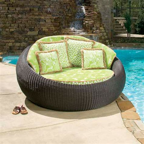 chaise de luxe design patio chaise lounge chairs black patio chaise lounge