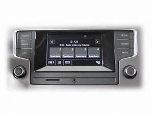 Golf 7 Radio : radio composition touch vw golf 7 sportsvan car ~ Kayakingforconservation.com Haus und Dekorationen