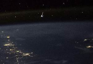 NASA astronaut catches shooting star view from space - CNET