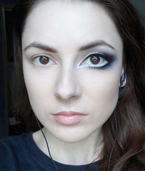 eye enlarging makeup step  step tutorial
