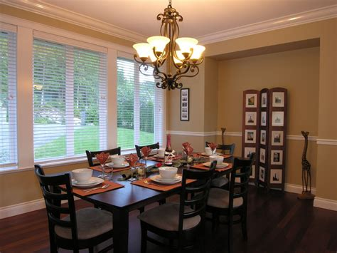 dining room chandelier  treat  dining times  max