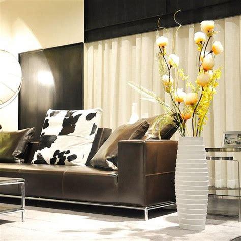 Floor Vases For Living Room by 21 Floor Vase Decor Ideas Vases Decor Living Room Ideas