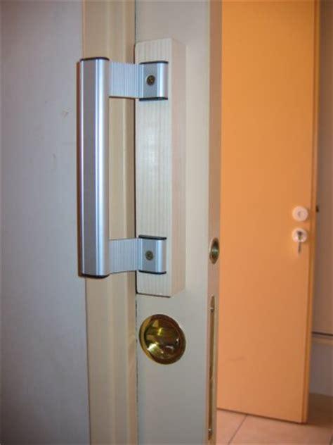 poignee de porte handicape guide accessible pour personnes handicap 233 es hebergement touristique lou bastidou
