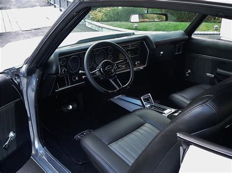chevrolet chevelle malibu custom  door coupe
