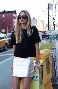 Mini Skirt Street-Style