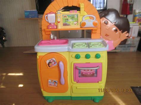 Fisher Price Doras Talking Kitchen On Popscreen