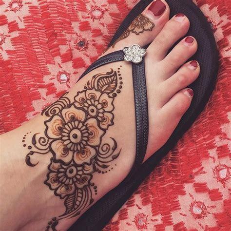 henna tattoo foot ideas  pinterest foot henna henna designs feet  henna art designs