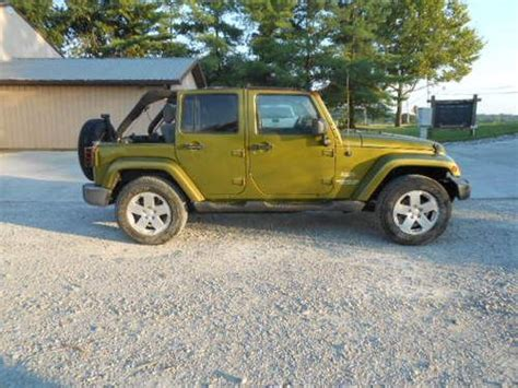 crashed jeep wrangler purchase used 2007 jeep wrangler sahara 4 door 4x4 6 speed