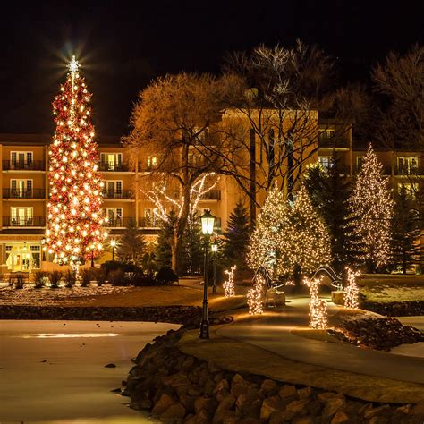 broadmoor christmas lights 2017 christmas lights at the broadmoor photograph by jeff smith