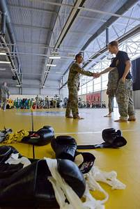 DVIDS - Images - Joint Clinch Drill - Combatives Level One ...