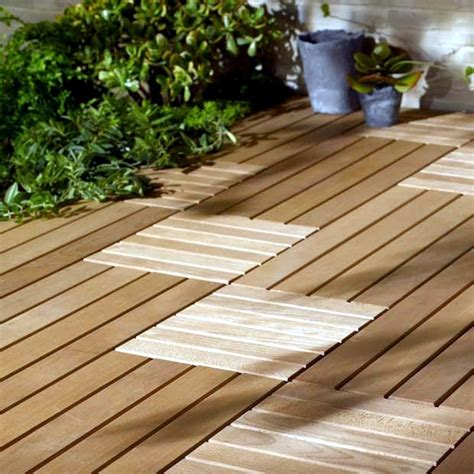 Wood tiles balcony ? why wood flooring is bang on trend