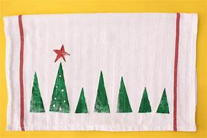 13 Fun DIY Christmas Crafts For Kids To Make