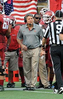 mike leach american football coach wikipedia