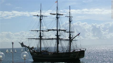 hms bounty replica sinking widow tells of hms bounty s last moments cnn