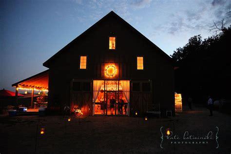 Barns For Weddings In Mn minnesota barn wedding rustic wedding chic