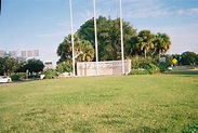 File:Spring Hill, Florida Gateway @ US 19.jpg - Wikimedia ...