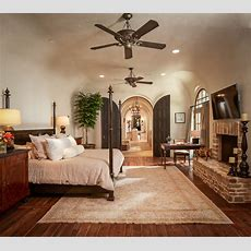 Bordley  Mediterranean  Bedroom  Houston  By Thompson
