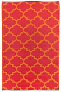 Garten im quadrat outdoor teppich tangier rot orange for Balkon teppich mit tapete rot orange