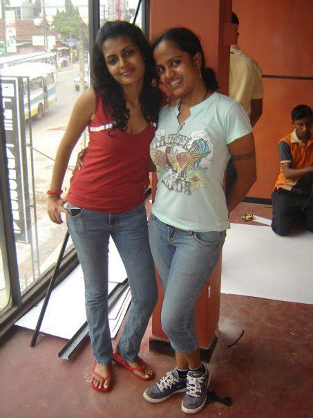 sri lanka party: colombo girls