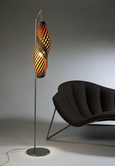 stehlampen designs stilvolle beleuchtungskoerper