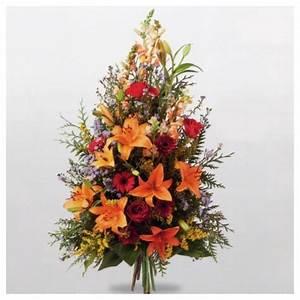 Bouquet De Fleurs Interflora : gerbe main deuil symphonie interflora dom com ~ Melissatoandfro.com Idées de Décoration