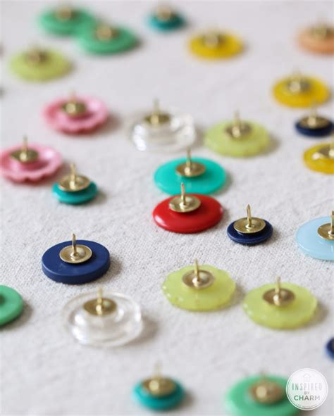 button crafts ideas 32 diy projects made with buttons 1195