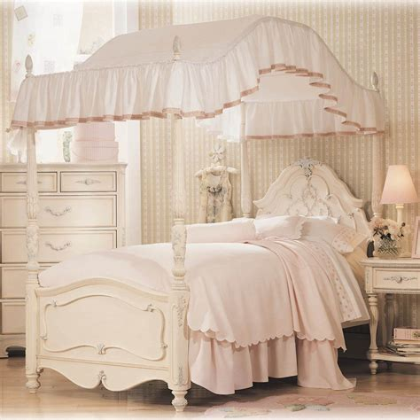 bedroom small beautiful pink canopy bed  girls