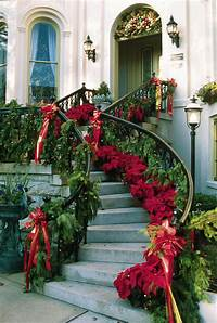 beautiful christmas decorations Beautiful Christmas Staircase Decorations Pictures, Photos ...
