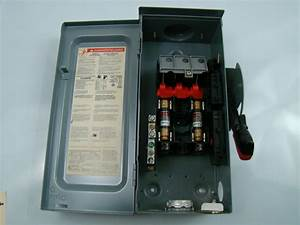 Square D 60 Amp 240v Fused Heavy Duty Safety Switch H222nrb