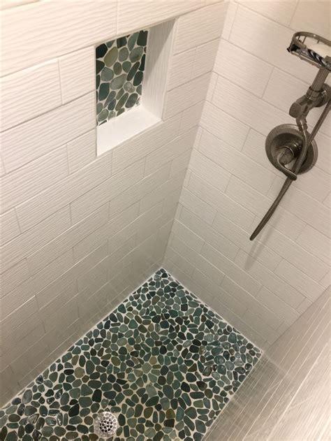 Bathroom Shower Floor Tile Ideas by 563 Best Bathroom Pebble Tile And Tile Ideas Images