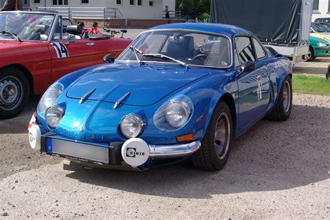Файл:Alpine Renault berlinette BW 1.JPG – Уикипедия
