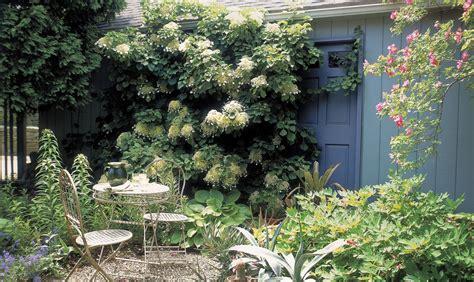 Garden Decoration Design by Garden Small Garden Decoration Ideas Garden Feature Ideas