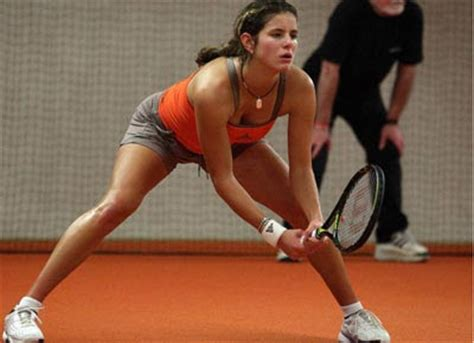 julia goerges serve accelerated decrepitude stuttgart stunner