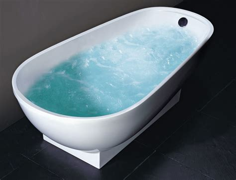 Porcelain Bathtub For The Beauty Of Your Bathroom Pendant Light Fittings For Kitchens Farmhouse Kitchen Island Ideas Glass Tiles Backsplash Without Images Of Small Islands Spaces Types Tile Flooring Can You Paint Wall