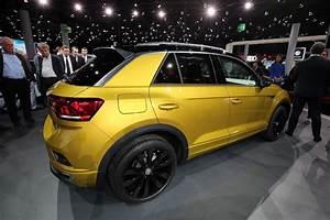 T Roc Volkswagen : vw t roc puts on sporty r line ensemble for frankfurt ~ Carolinahurricanesstore.com Idées de Décoration