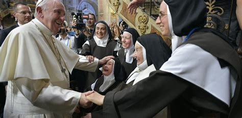 pope francis wont support women   priesthood