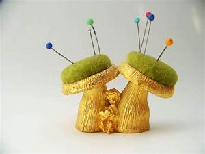 1000+ images about Pin Cushions on Pinterest | Poodles ...