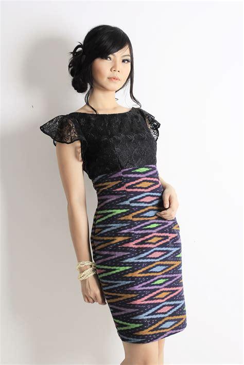 ikat dress kebaya dress  shoulder dress tenun
