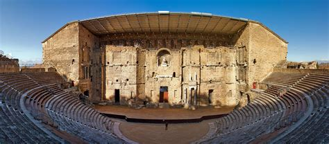 gites et chambres d hotes de le théâtre antique d 39 orange un gîte ou une chambre d