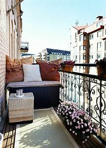 schoner garten und toller balkon gestalten ideen und With französischer balkon mit sichtschutzmauern im garten