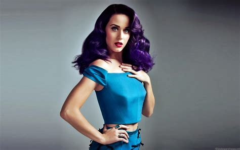 Top 10 Most Popular & Best Hollywood Singers- Hit List