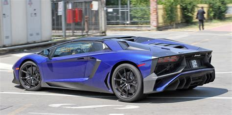 lamborghini aventador sv roadster lamborghini aventador sv roadster spied almost undisguised photos 1 of 3