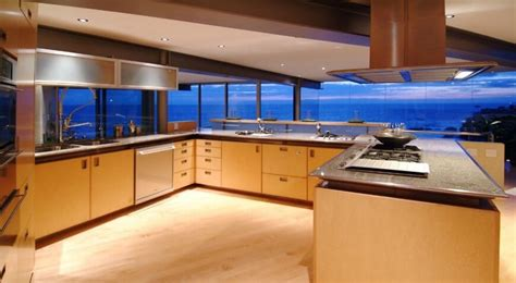 23 Gorgeous G Shaped Kitchen Designs (IMAGES)