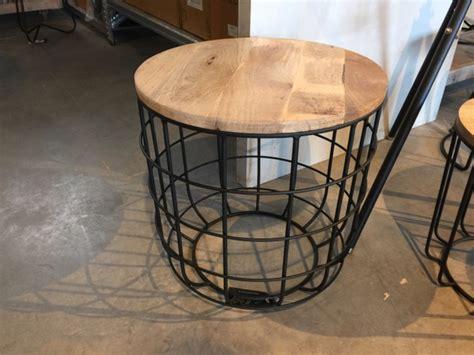 Tisch Holz Rund by Beistelltisch Rund Schwarz Beistelltisch Metall Holz