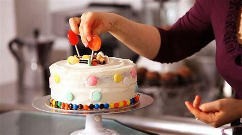 decorate  cake  candy cake decorating youtube