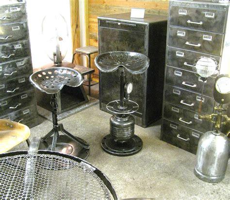 sieges de bar siège de bar tuyauterie l 39 atelier palois