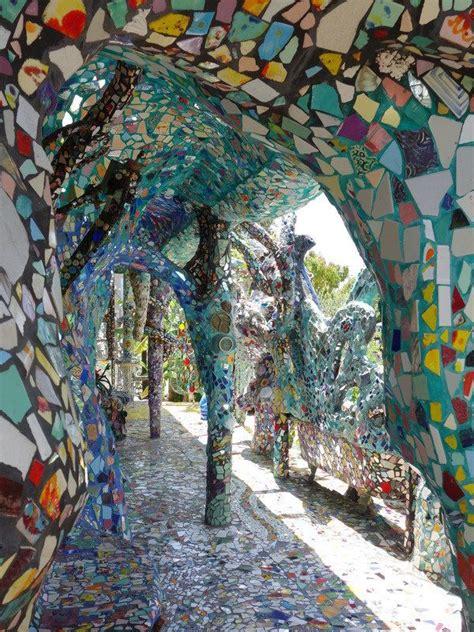 society adventures  mosaic tile house  venice beach